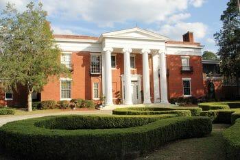 Dixie facade